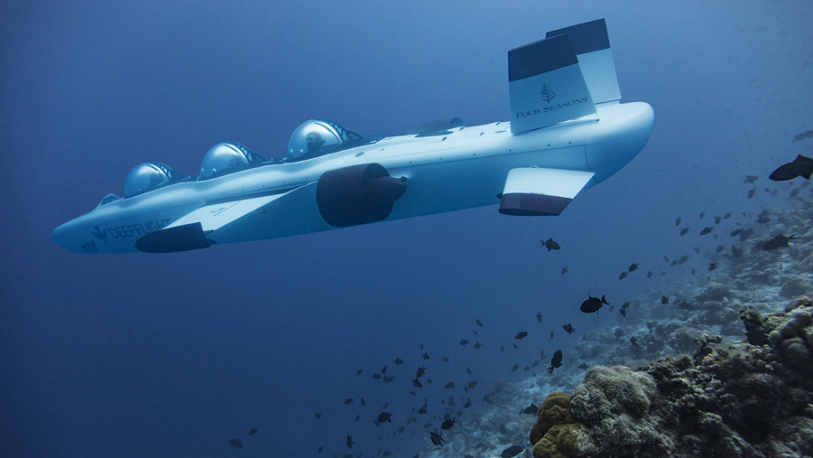 Four seasons Maldives Submarine 1