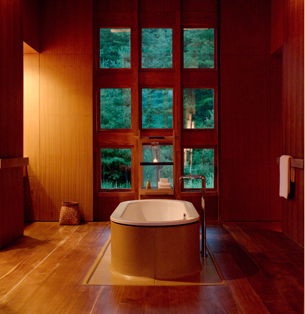 Paro Suite Bathroom